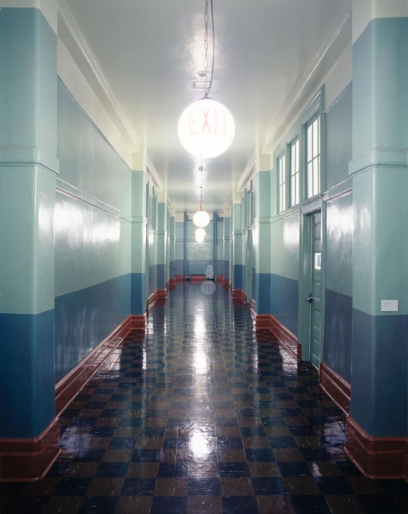 09PS1-Hallway2x
